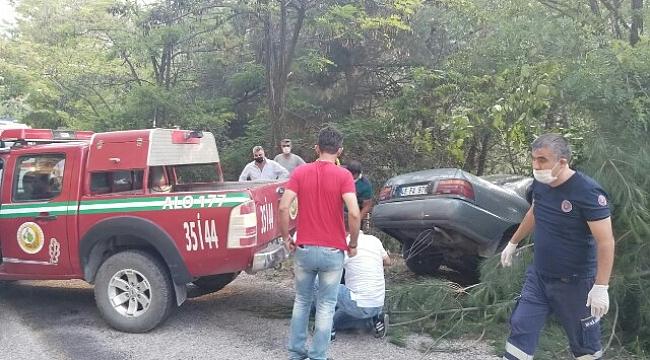 Ateş Savaşçılarından Trafik Kazasına İlk Müdahale